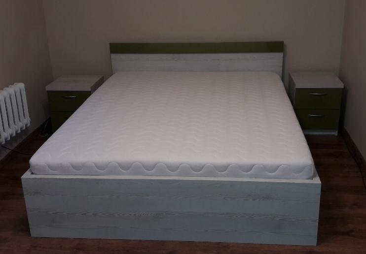 łóżko kolor sosna bielona