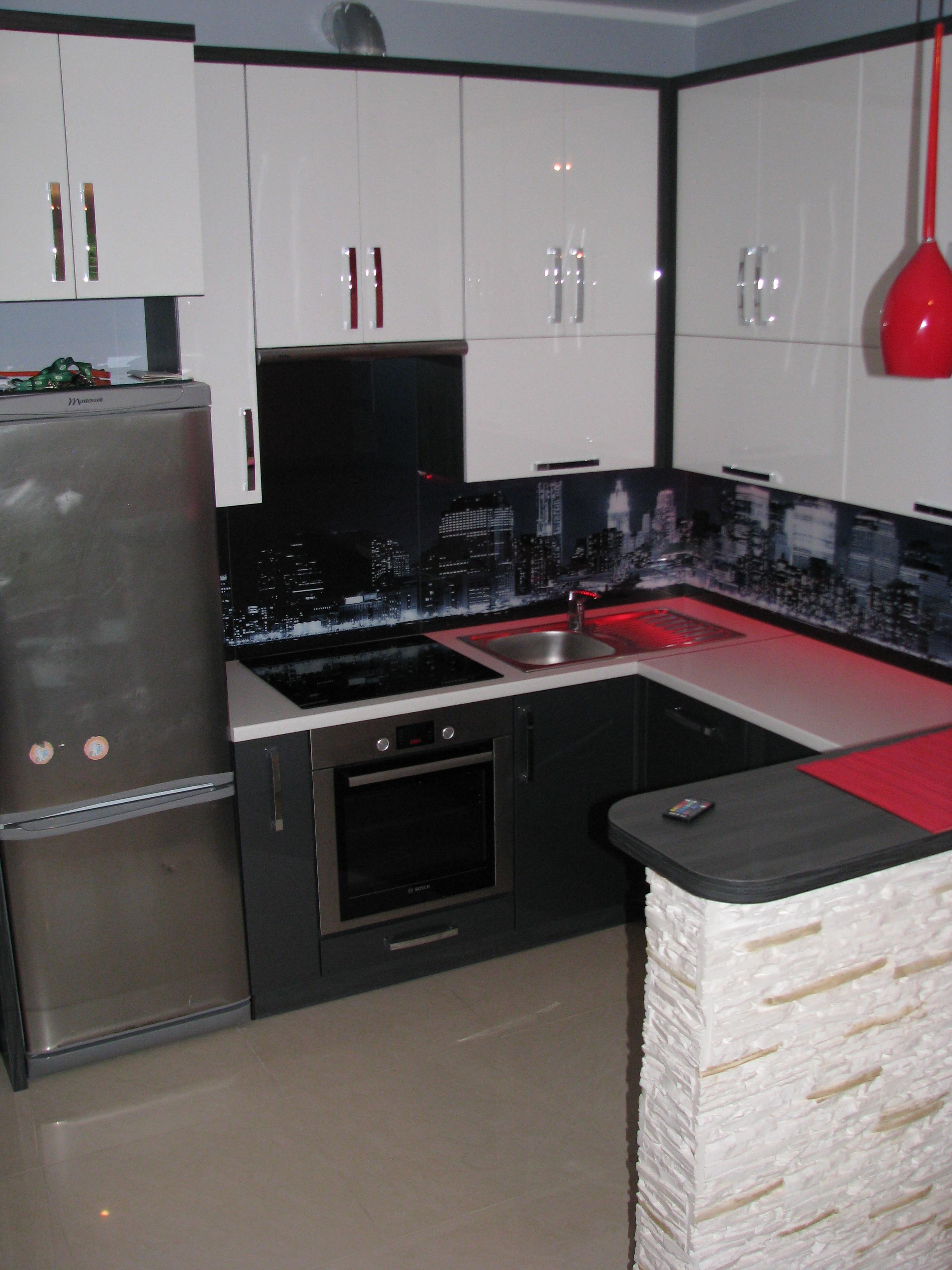 kuchnia akryl srebny