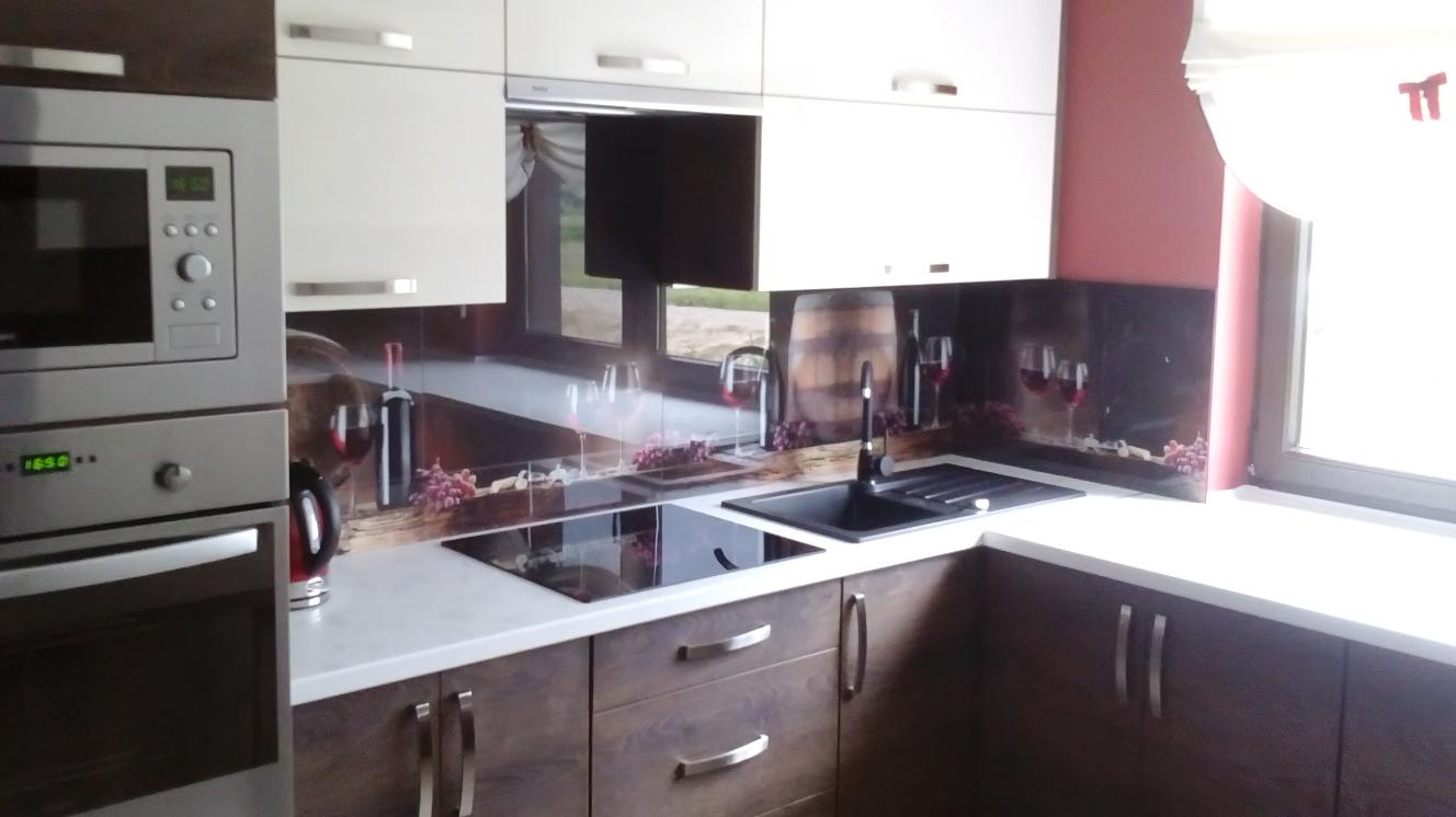 kuchnia z szkłam